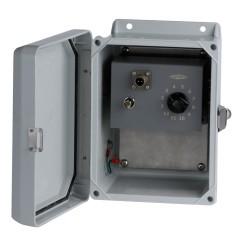SSB1000  4-12 jelbemenetű, 1 kapcsolható jelkimenetű modullal, üvegszálas gyűjtődoboz
