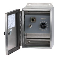 SSB2000 4-12 jelbemenetű, 1 kapcsolható jelkimenetű modullal, rozsdamentes gyűjtődoboz